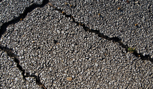 fix asphalt cracks